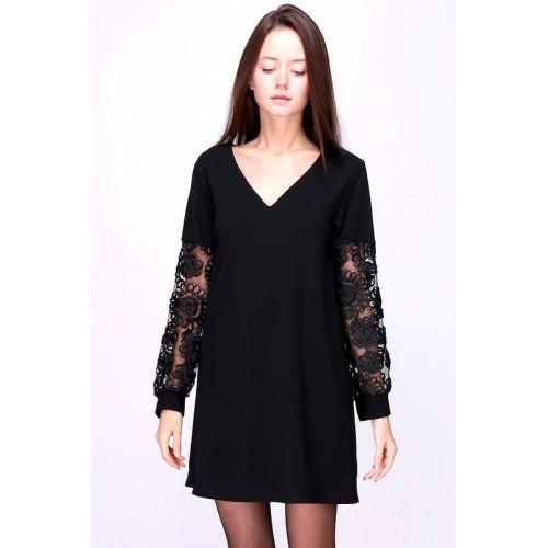 Kleid mit bestickten Ärmeln