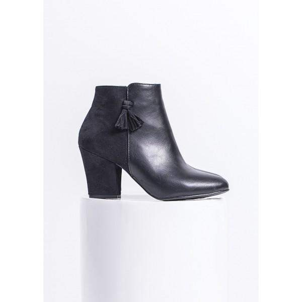 blockabsatz ankle boots mit quasten schwarz clove shop. Black Bedroom Furniture Sets. Home Design Ideas
